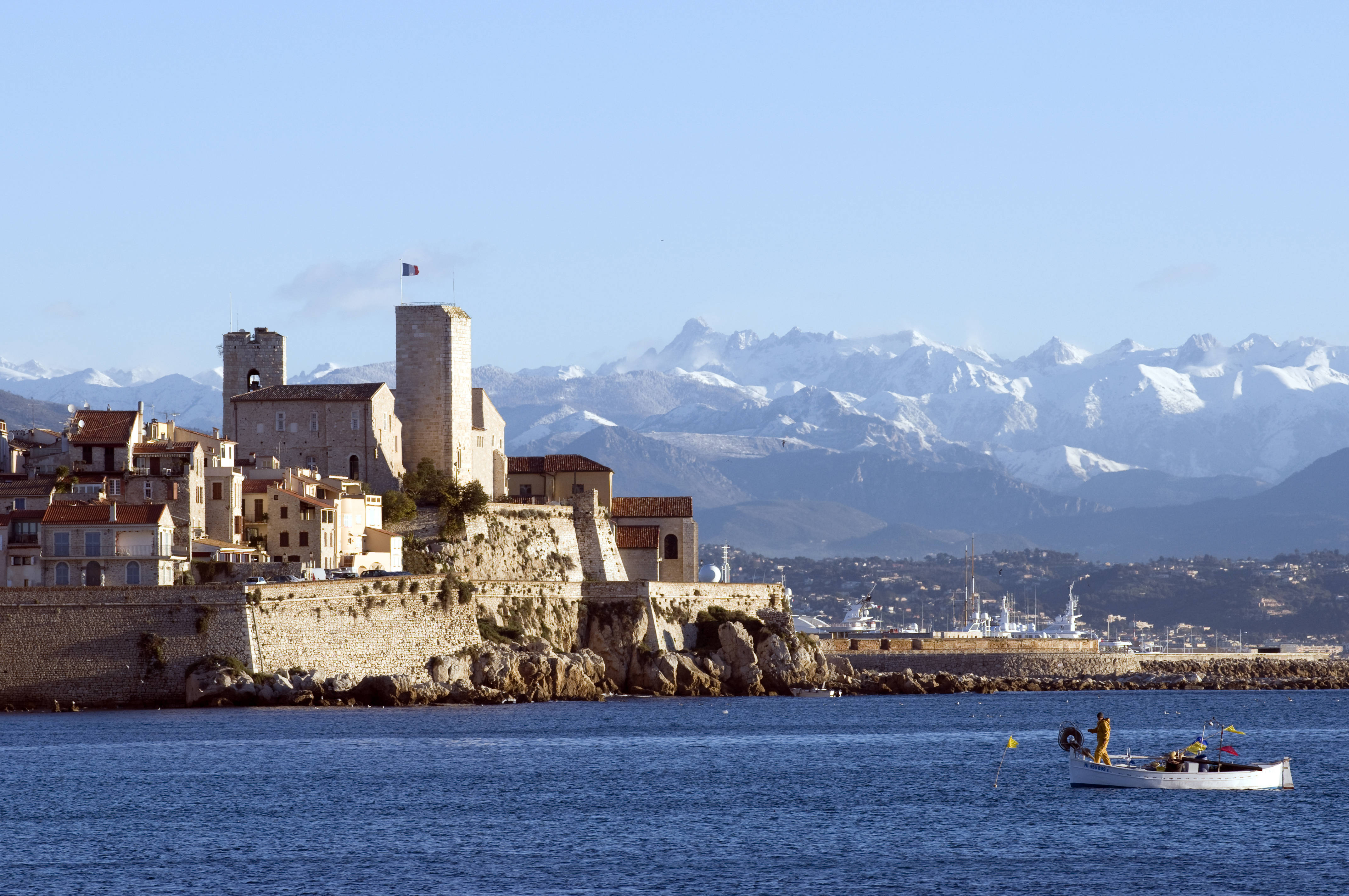 transportation to antibes france